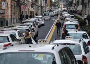 street-taxi